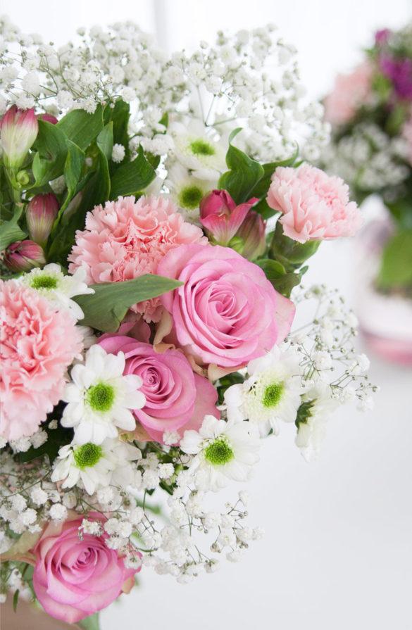 Dekorieren mit Blumen Valentinstag