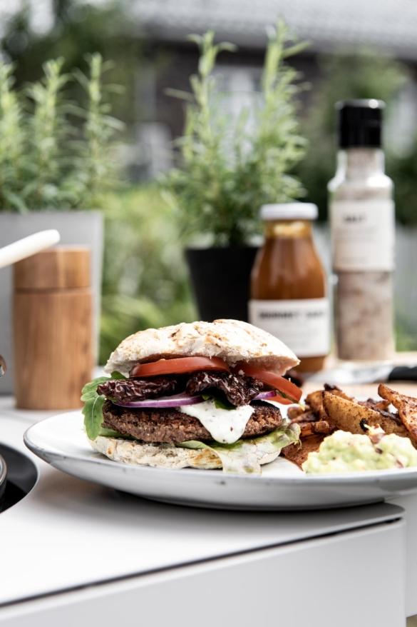 Vegane Burger auf Gasgrill